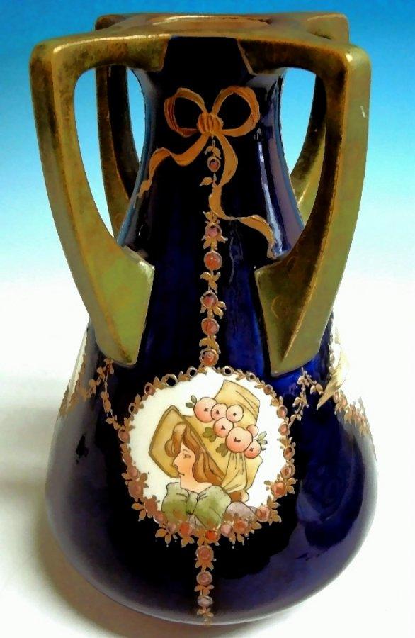 Vierhenkel Jugendstilvase Amphora Austria